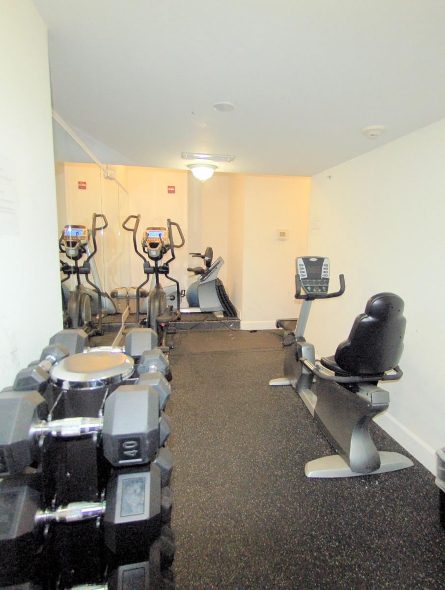 4-150VStNW#304-Gym